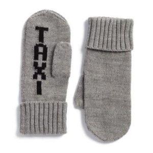Kate Spade Taxi Black Print Gray Wool Knit Mittens